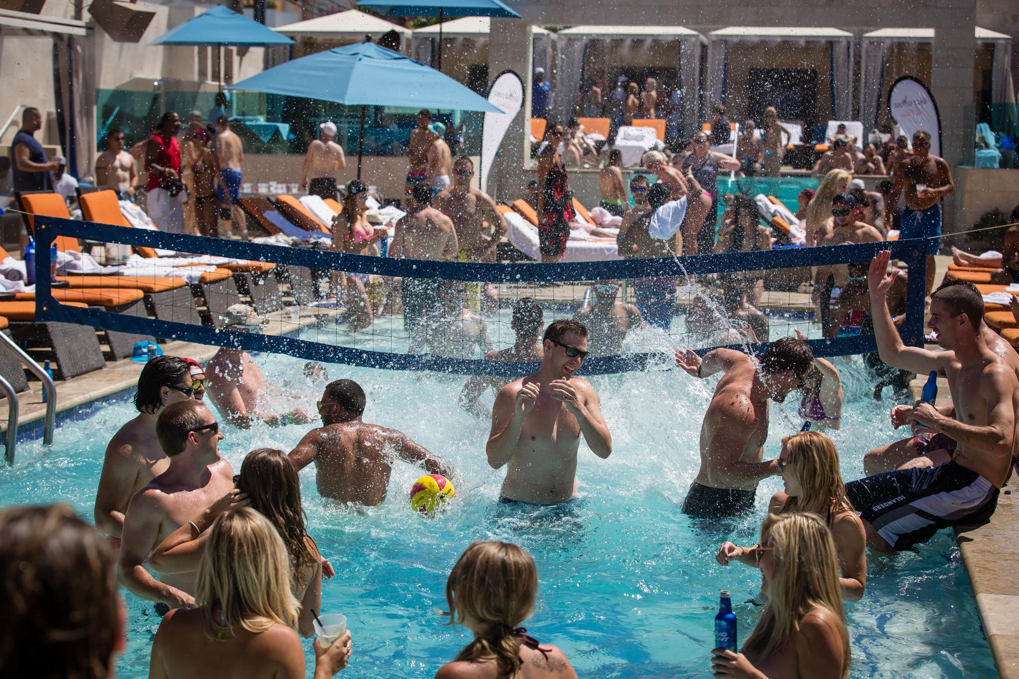 Sapphire Pool Botown