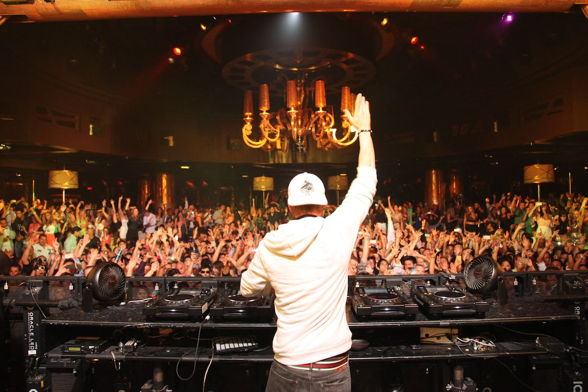 Xs Nightclub Botown